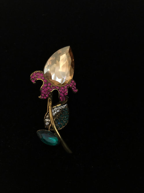 Gold flower brooch with Austrian crystals