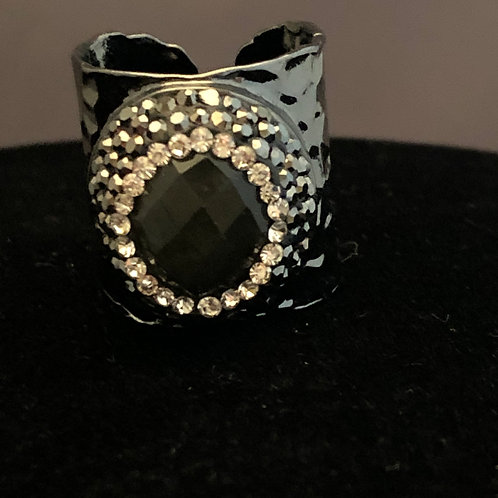 Adjustable SILVER ring with BLACK OVAL DESIGN