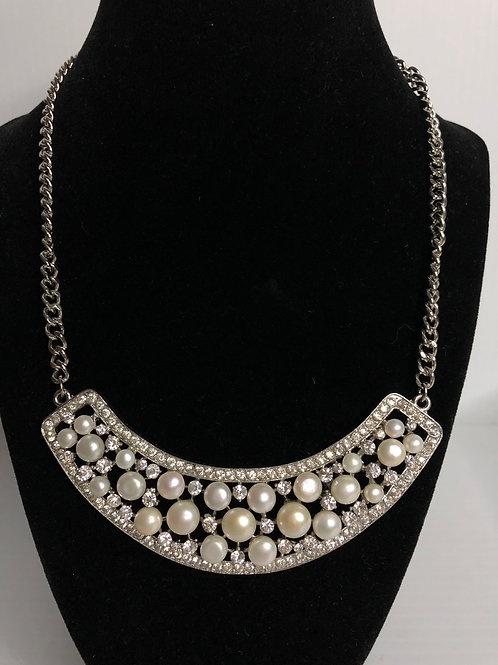 Stainless steel white FWP necklace with Swarovski crystals