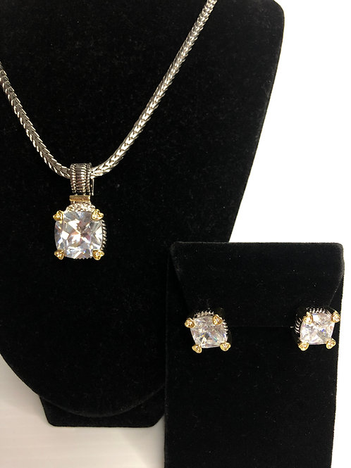 Designer look Clear pendant with & Lever Back Earrings