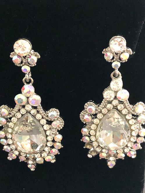 Silver chandelier crystal earring