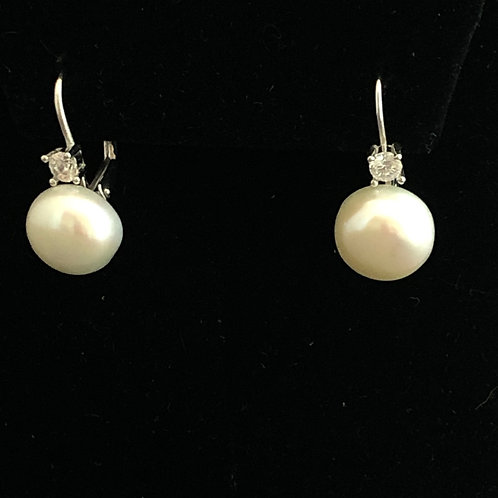 Sterling Silver Freshwater Pearl Earring with Swarovksi Crystals