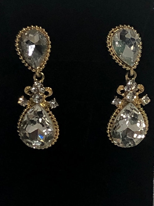 Clear crystal design with gold finish earring