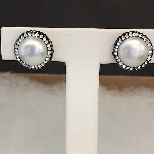 Pierced stud earrings in white large coin FWP set in SILVER