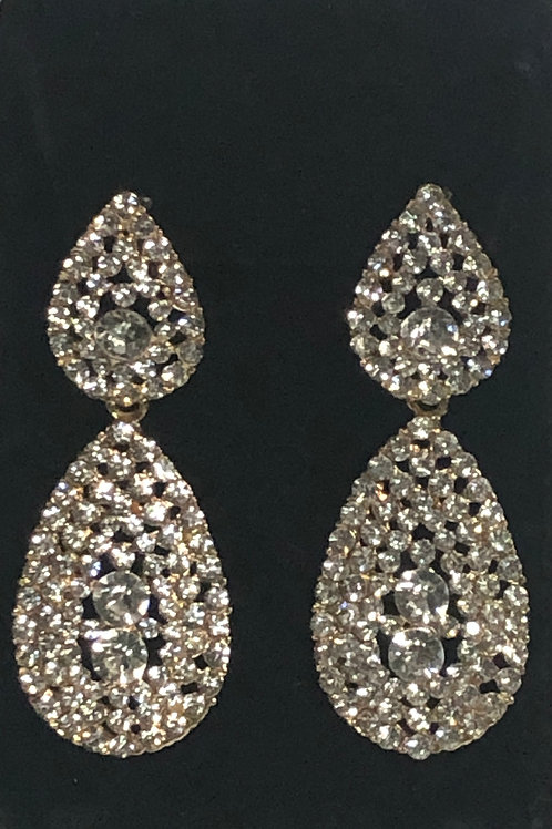 Gold chandalier earring with clear crystals