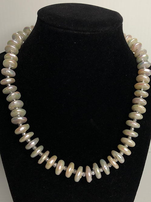 White 3 dimensional oval spindle FWP necklace