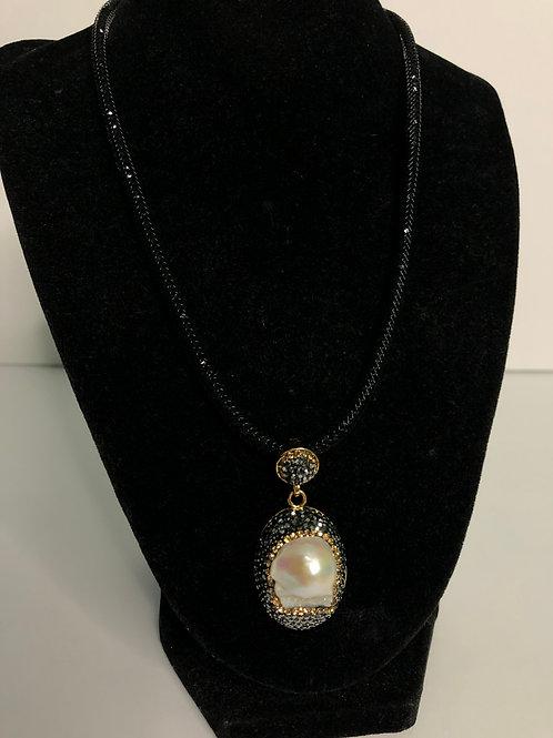 Freshwater  Pearl pendant BLACK Swarovski crystals in GOLD