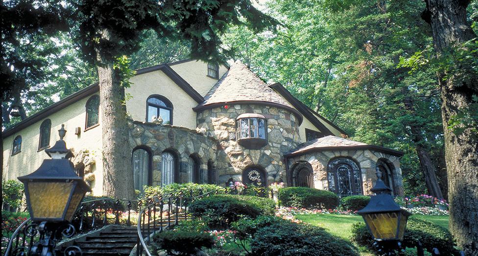 House on Hill.jpg