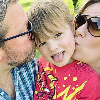 Natalie Avery, family and newborn photographer