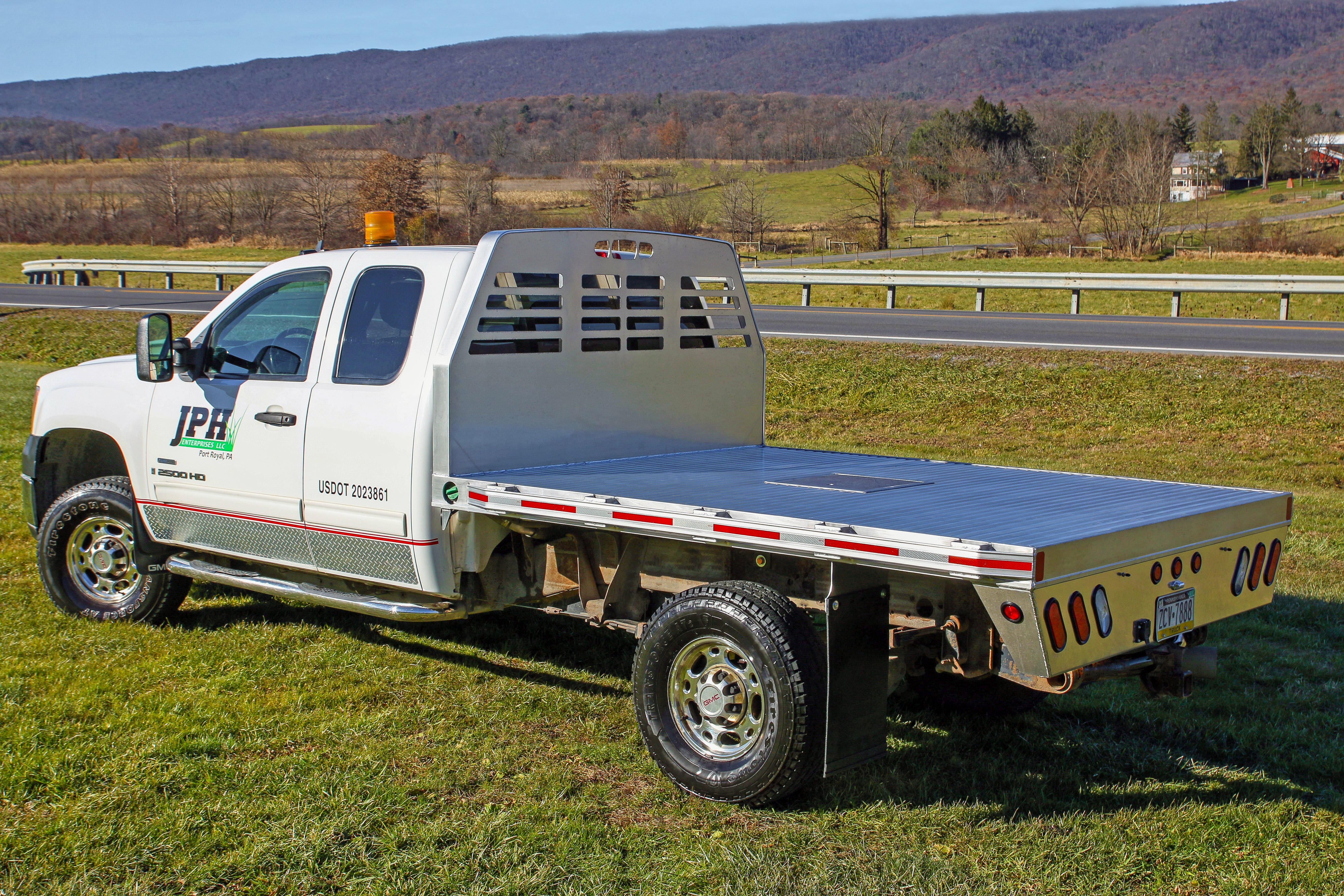 sb 84x104 truck