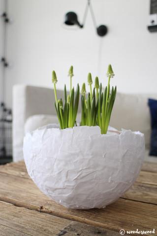 diy papir egg // diy paper mache egg