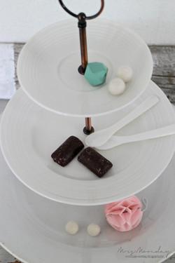 triple cakestand