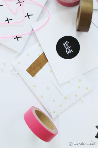 freebie: valentines mini cards + envelopes