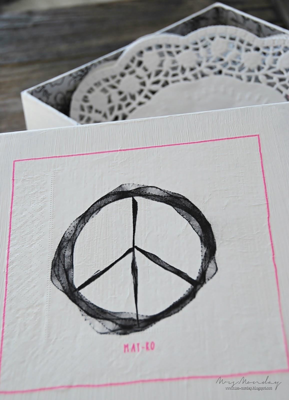 napkin storage