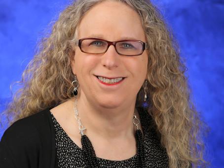 Rachel Levine: Una mujer trans en el gobierno estadounidense
