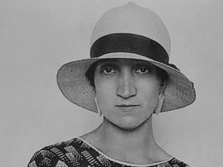 Las Chicas de La Condesa III: Antonieta Rivas Mercado