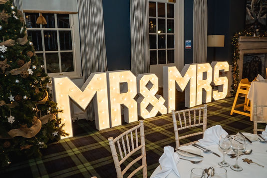 Alanas-Love-Mr-and-Mrs-letters-Christmas