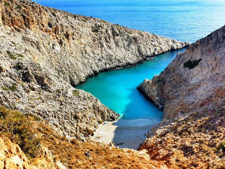 Making plans for your future vacations...?Check Creta island through a small photogallery.