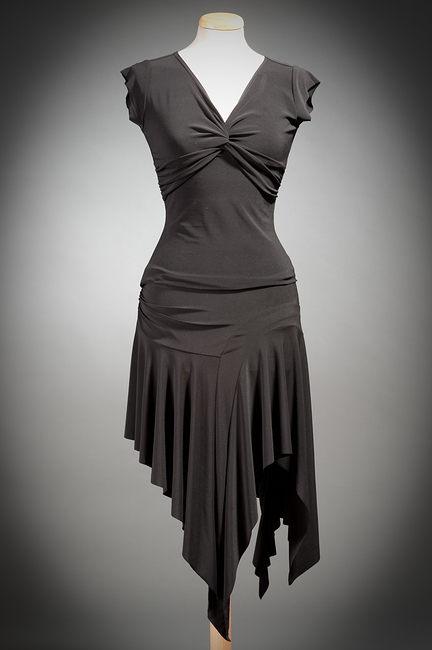 Танцевальное платье