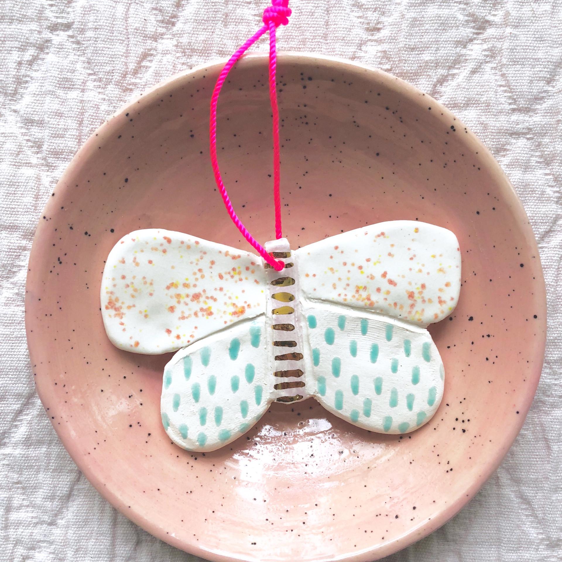 Joelle Wehkamp Butterfly porcelain 8.jpg
