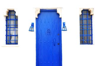 Blue on White 6x4.jpg