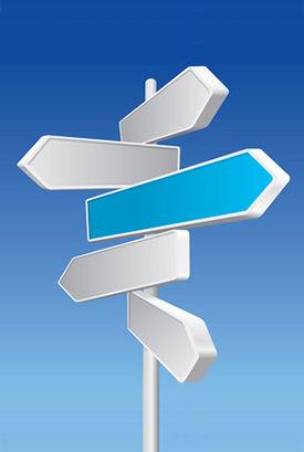 異なる方向を示す道標