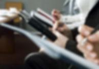 パワハラ・セクハラ研修を受ける受講生のイメージ