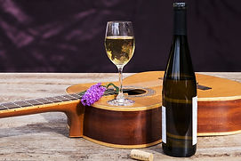 Wine_Guitar_Bottle_Stemware_555735_1280x