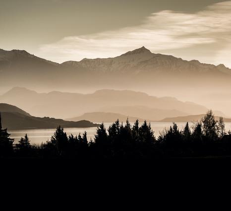 LD-photo-landscape-black-peak1_edited.jp