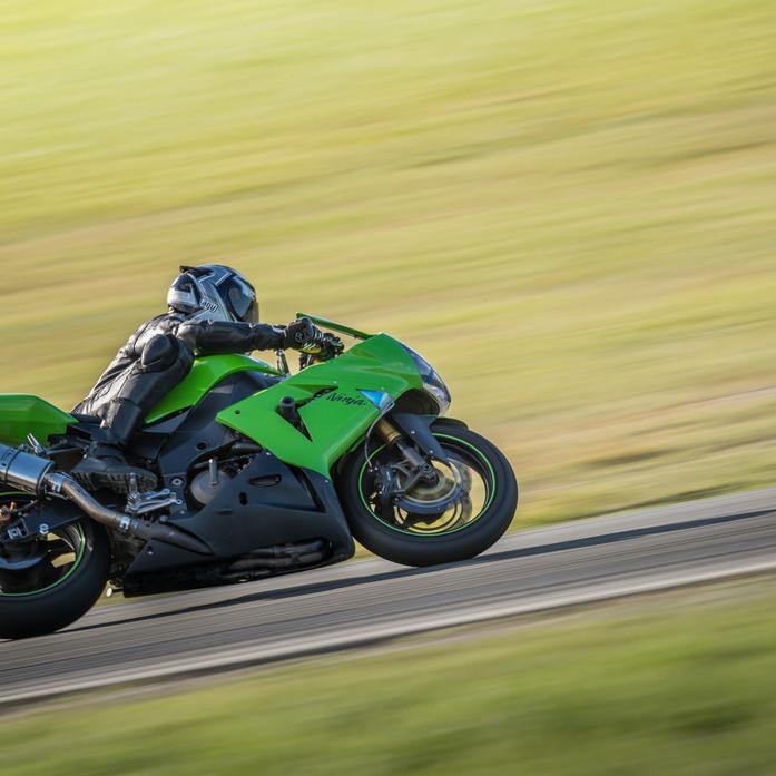 Kawasaki ZX10R at Levels