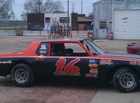 Driver In The Spotlight- Tommy Gess #16
