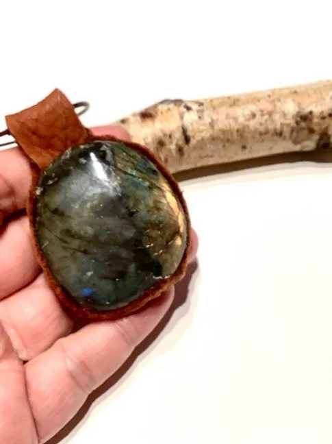 Labradorite Necklace In Leather To Increase Intuition/Grounding