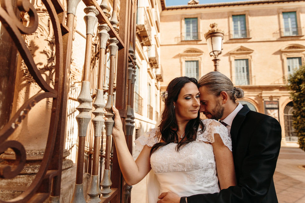 Arturo & Victoria
