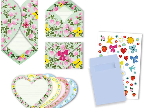 8 cartes d'invitations coeurs
