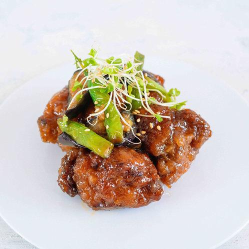 素揚げ野菜と鶏もも肉の黒酢餡(120g)
