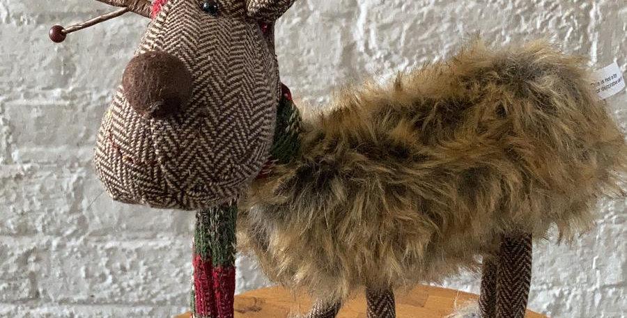 Large Christmas Reindeer - 4 Leg