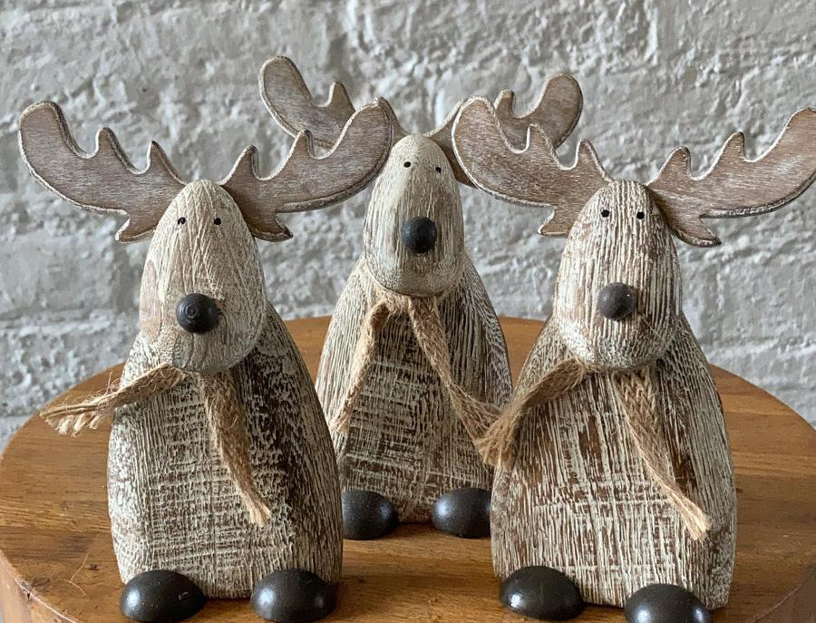 Small Wooden Christmas Reindeer
