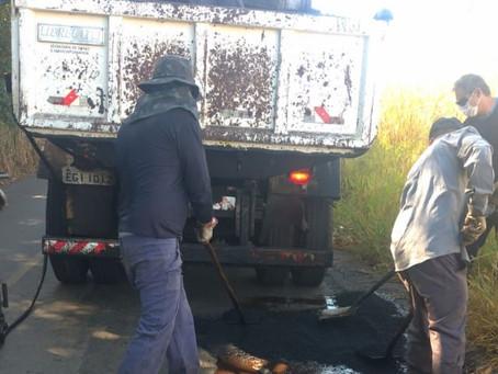 Prefeitura de Americana executa Operação Tapa-Buraco na Estrada Ivo Macris