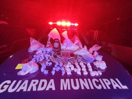 Equipe da Romu Canil da Guarda Municipal de Americana faz grande apreensão de entorpecentes