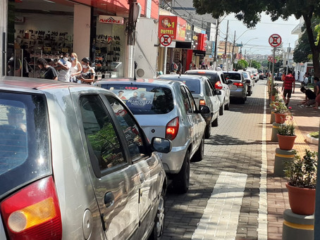 Comércio em Santa Barbara vai funcionar em horário normal durante o Carnaval