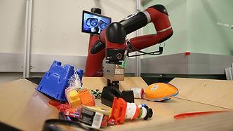 robot_pushing.jpg