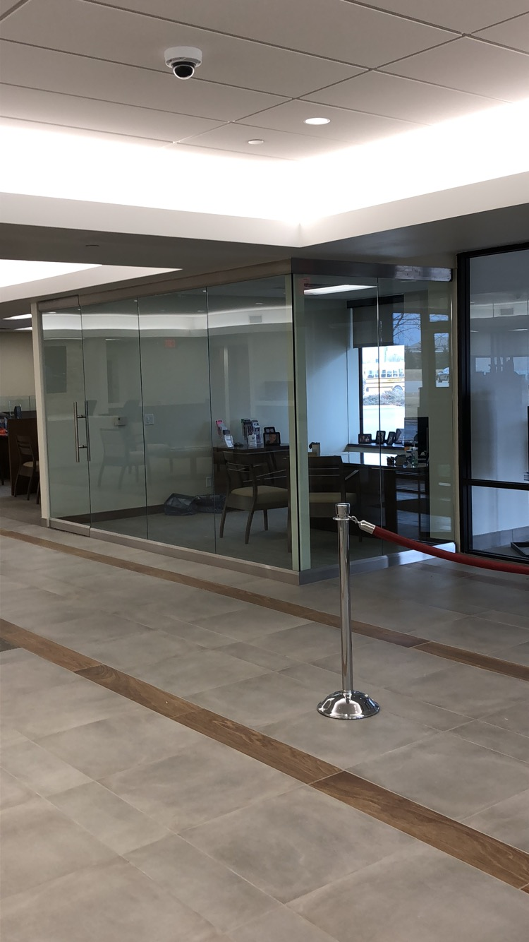 Corner office partition