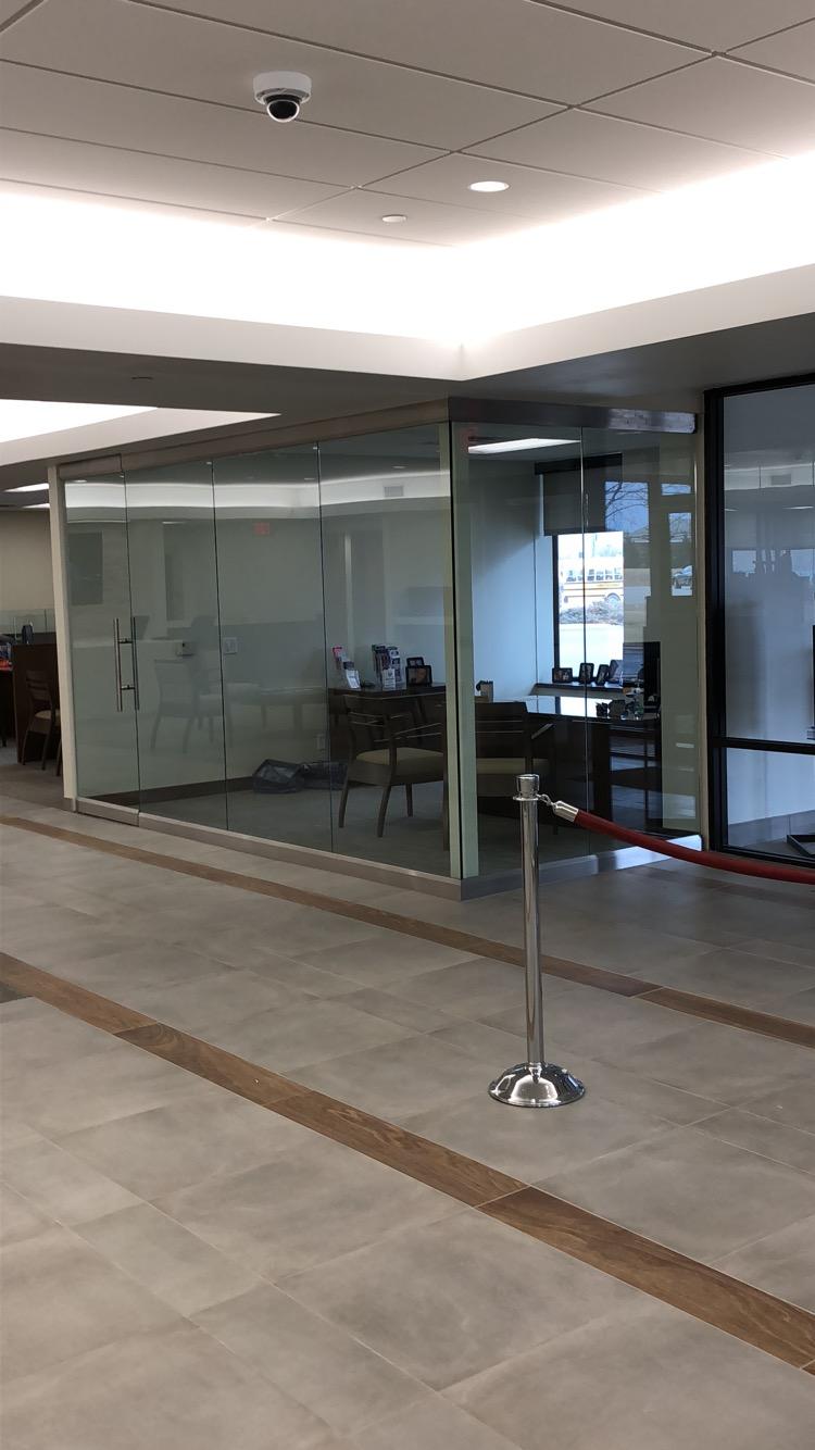 Corner office partition