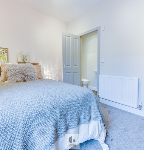 Bedroom 10.1.jpg