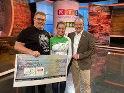 Spendenscheckübergabe_RTL.jpg