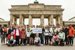 Spendenübergabe_2014_Berlin.jpg