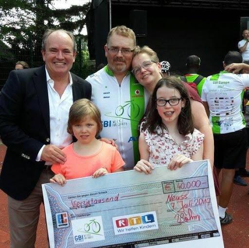GBI 2017 Spendenscheck RTL.jpg