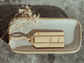 Mirrored Luggage Tag Placecards
