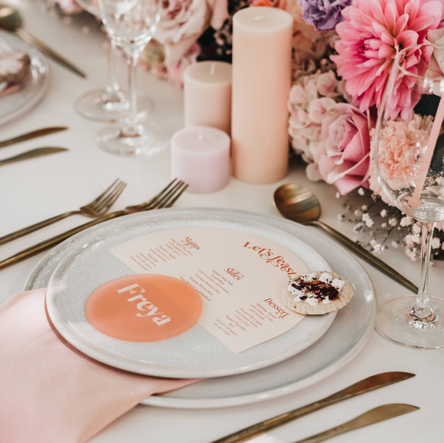 Pink Frosted Circular Placecards