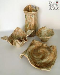Schalen, Vase, Keramik frei gebaut, Glasurbemalung